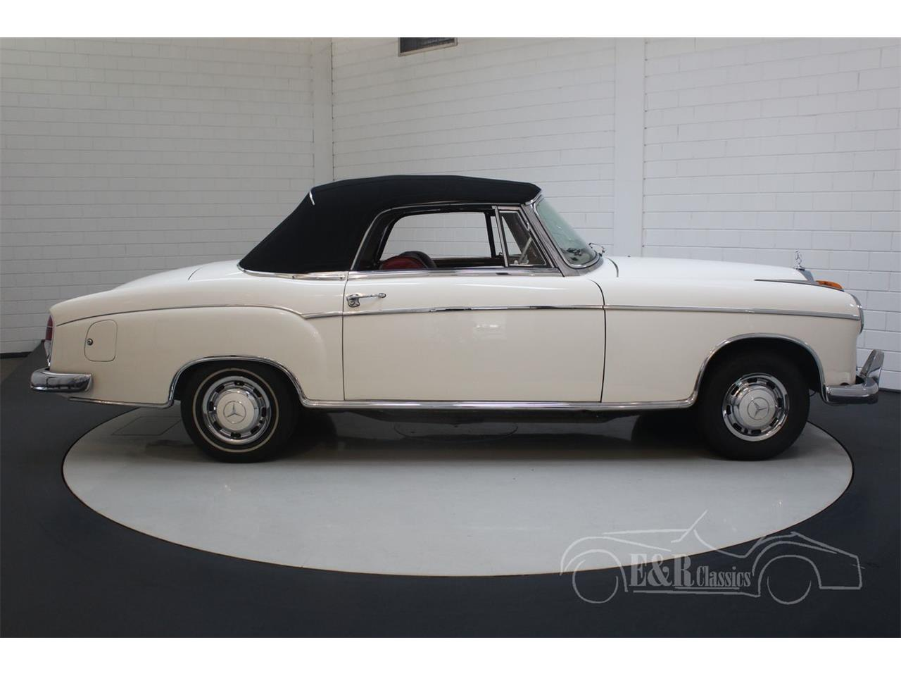 Large Picture of Classic '60 220SE Offered by E & R Classics - R1DL