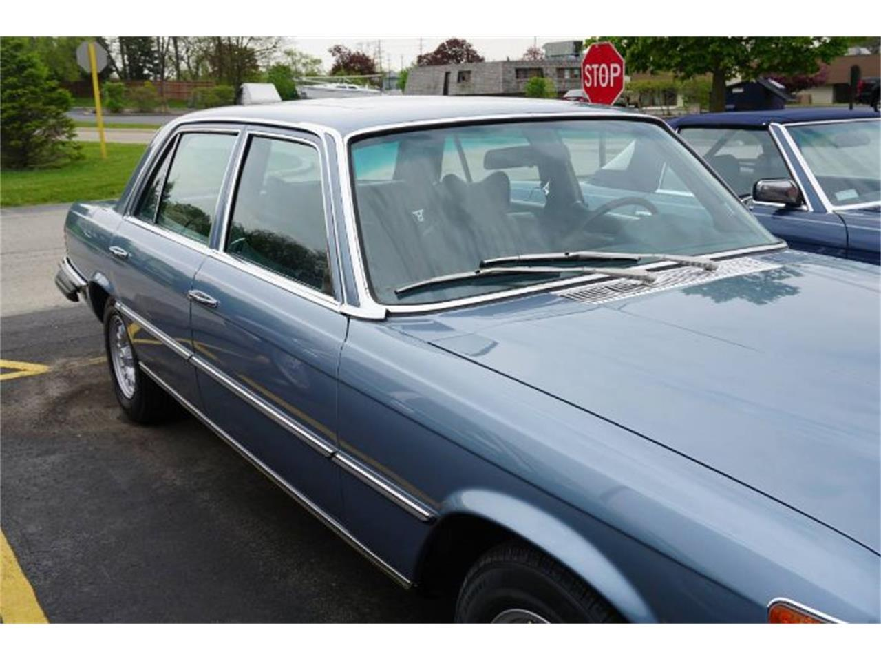 Large Picture of 1976 450SL - $12,495.00 Offered by Classic Car Deals - R0C7