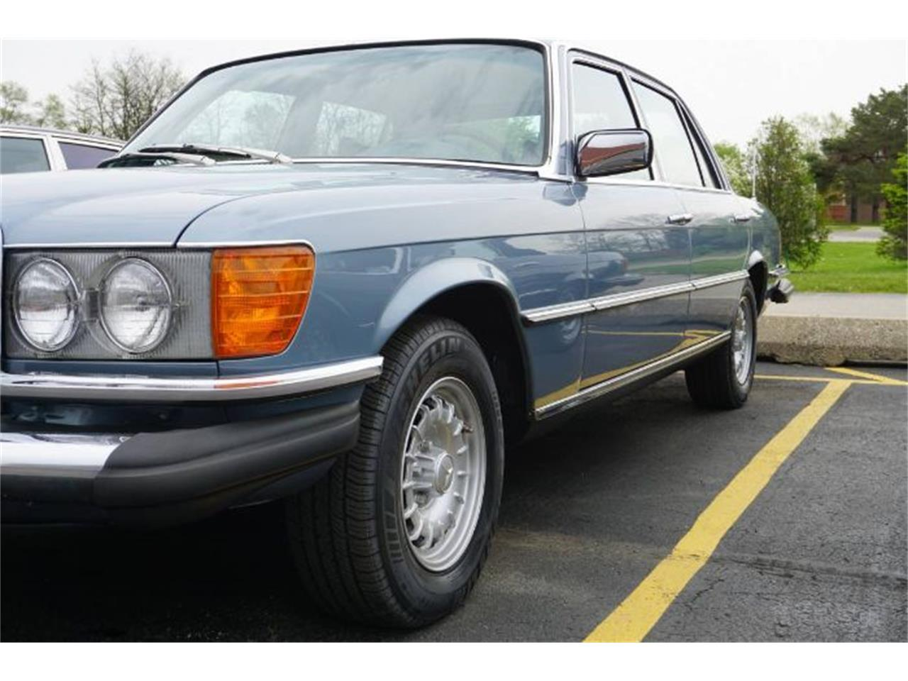 Large Picture of 1976 Mercedes-Benz 450SL located in Cadillac Michigan - $12,495.00 Offered by Classic Car Deals - R0C7