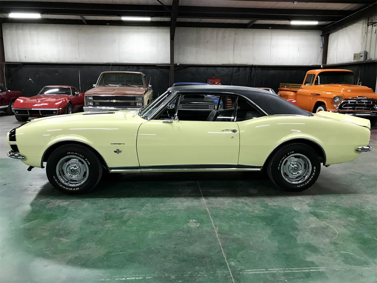 Large Picture of '67 Camaro - R1KN