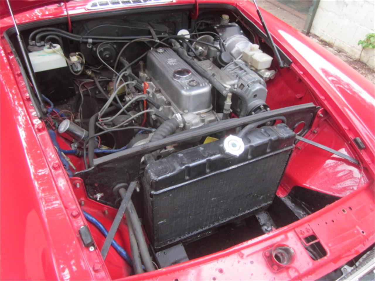 Large Picture of '76 MGB - R1KV