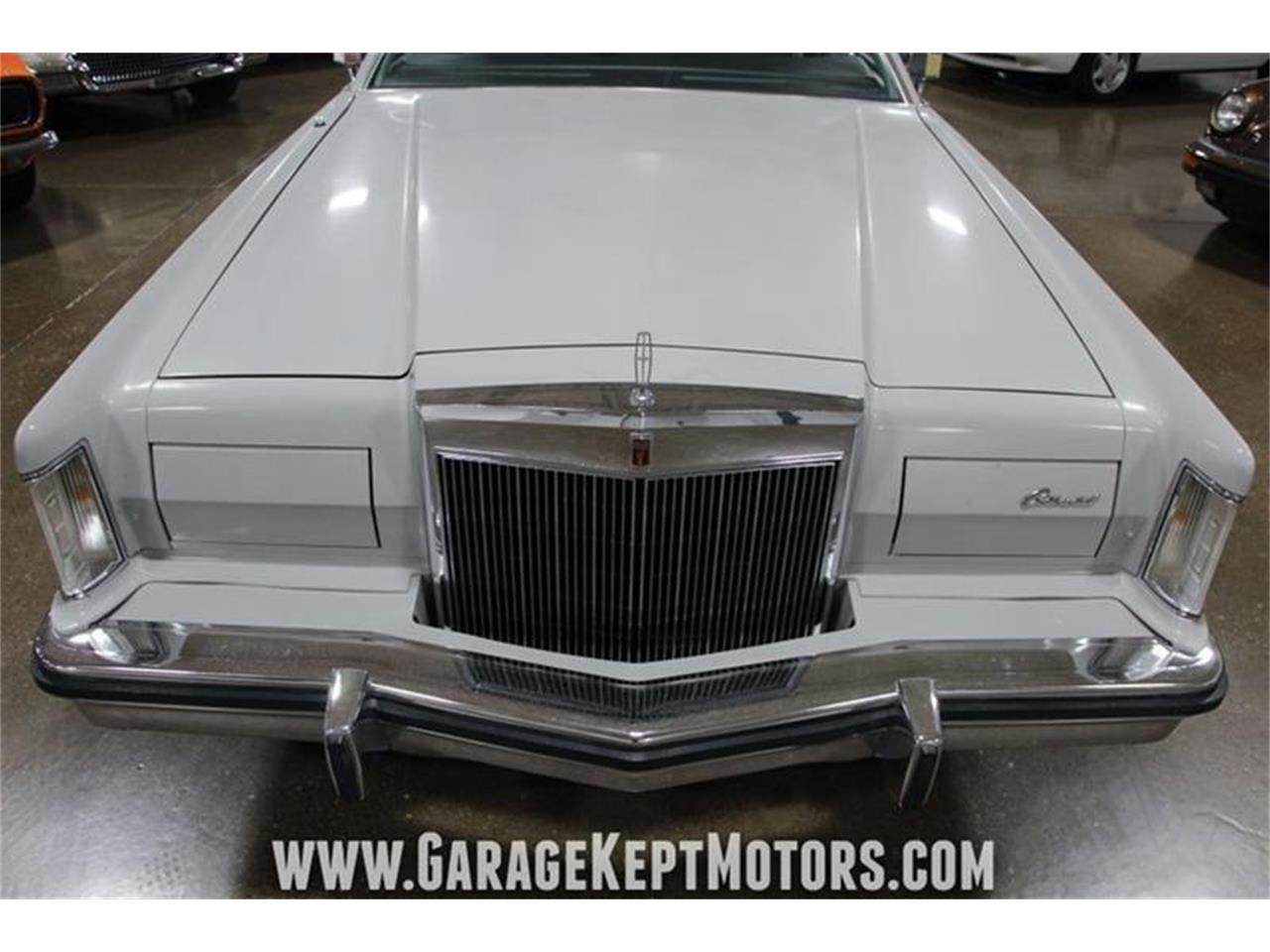 Large Picture of '77 Continental - R1NB