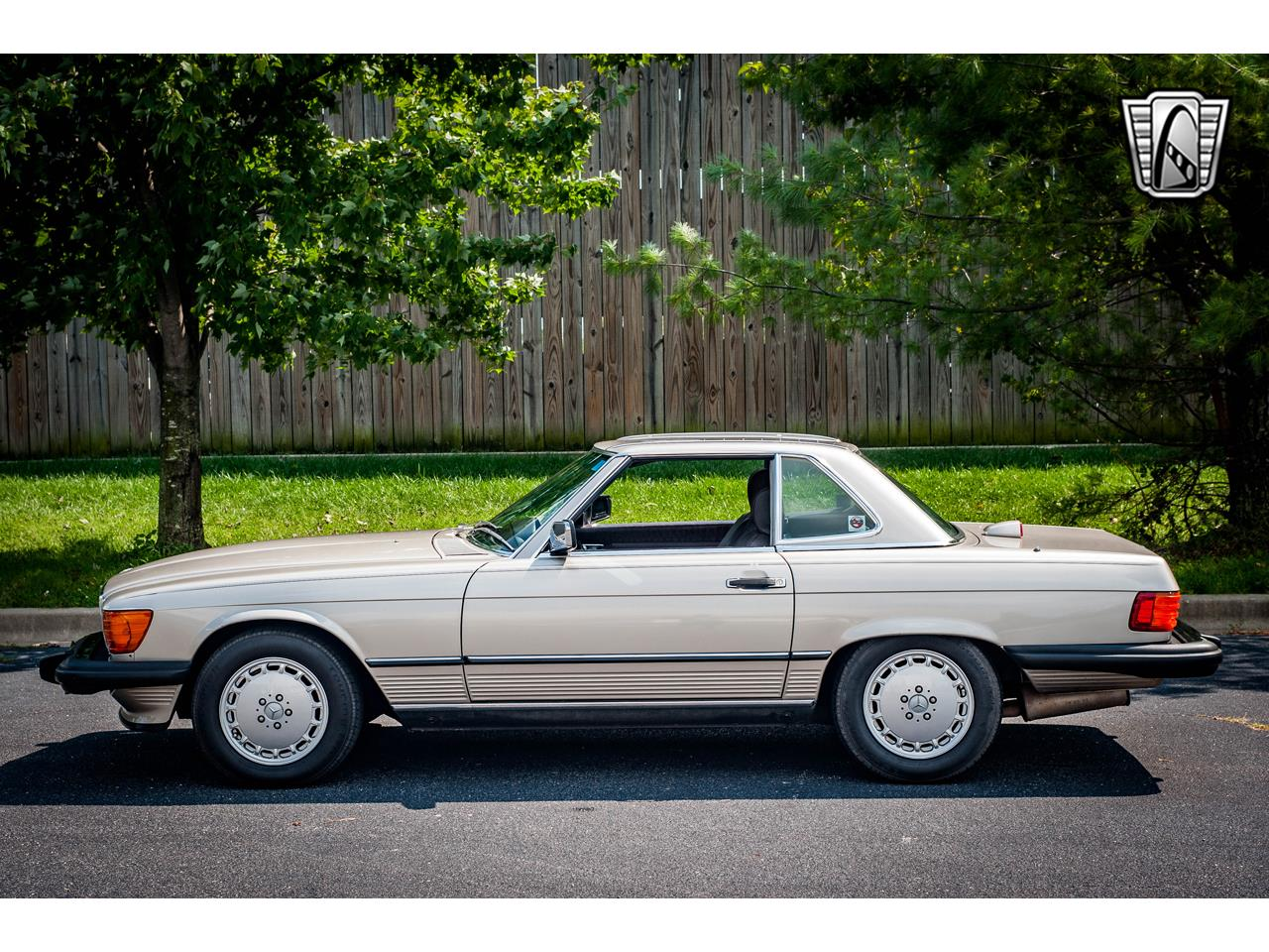Large Picture of '87 560SL - R1NO