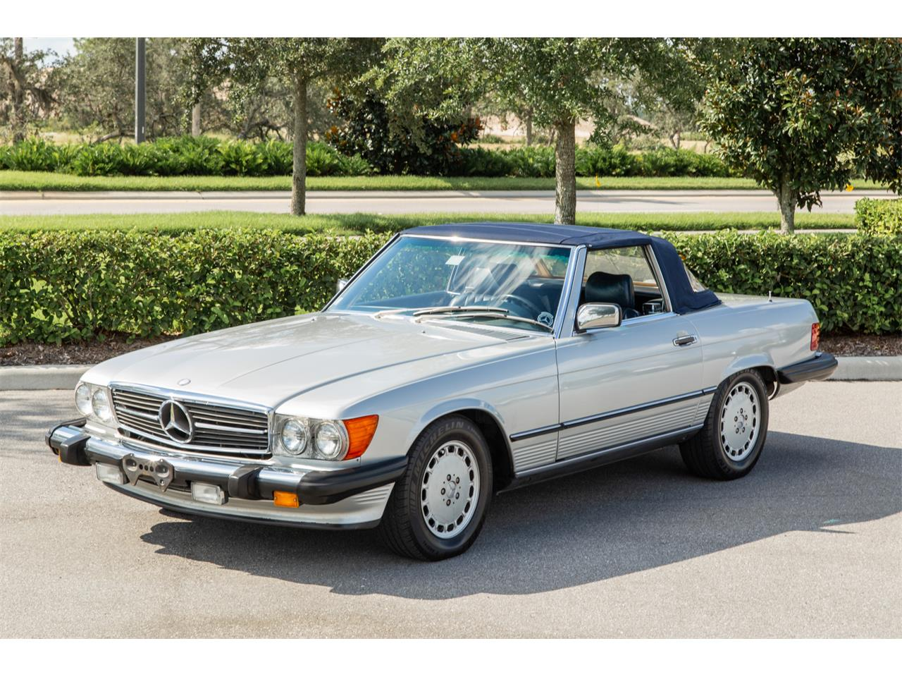 Large Picture of 1987 560SL - R1P5