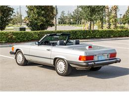 Picture of 1987 Mercedes-Benz 560SL located in Orlando Florida Auction Vehicle Offered by Bring A Trailer - R1P5