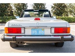 Picture of '87 Mercedes-Benz 560SL located in Orlando Florida Offered by Bring A Trailer - R1P5