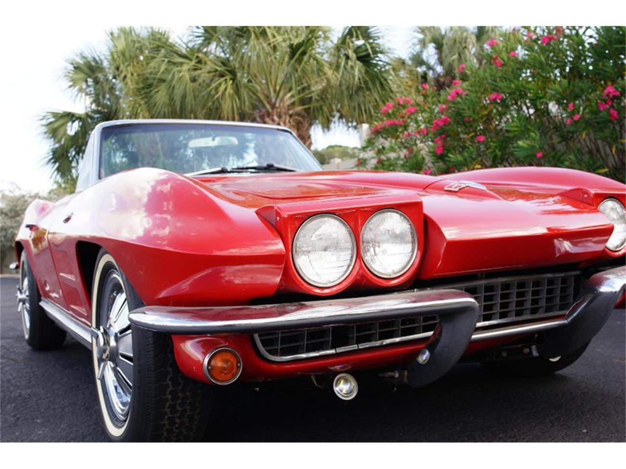 Large Picture of Classic '64 Corvette - R1PF