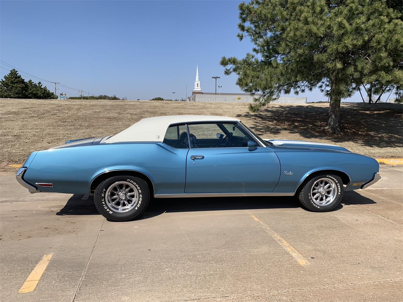 Large Picture of '72 Cutlass - R1Q0