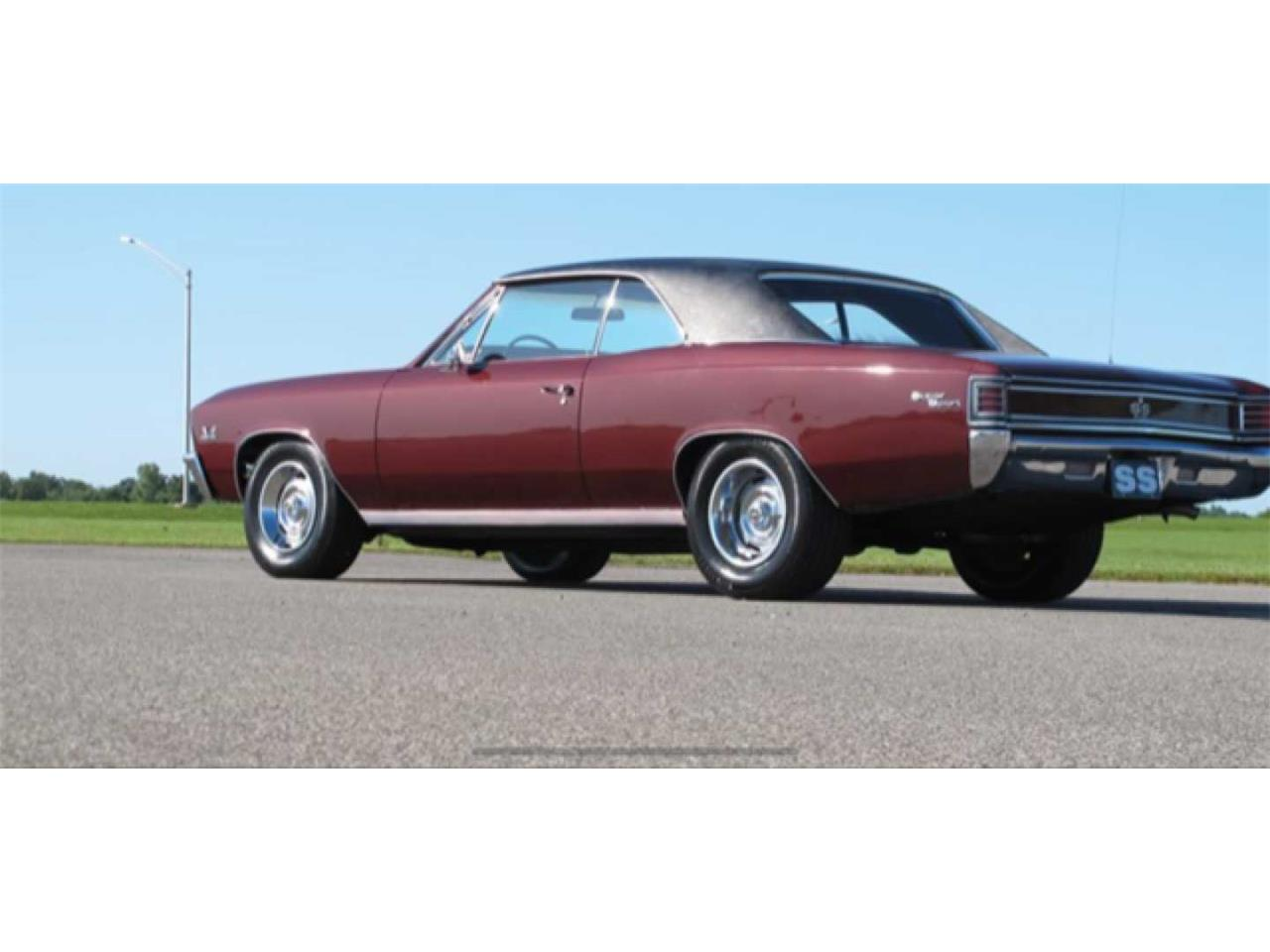 Large Picture of '67 Chevelle SS - R1Q4