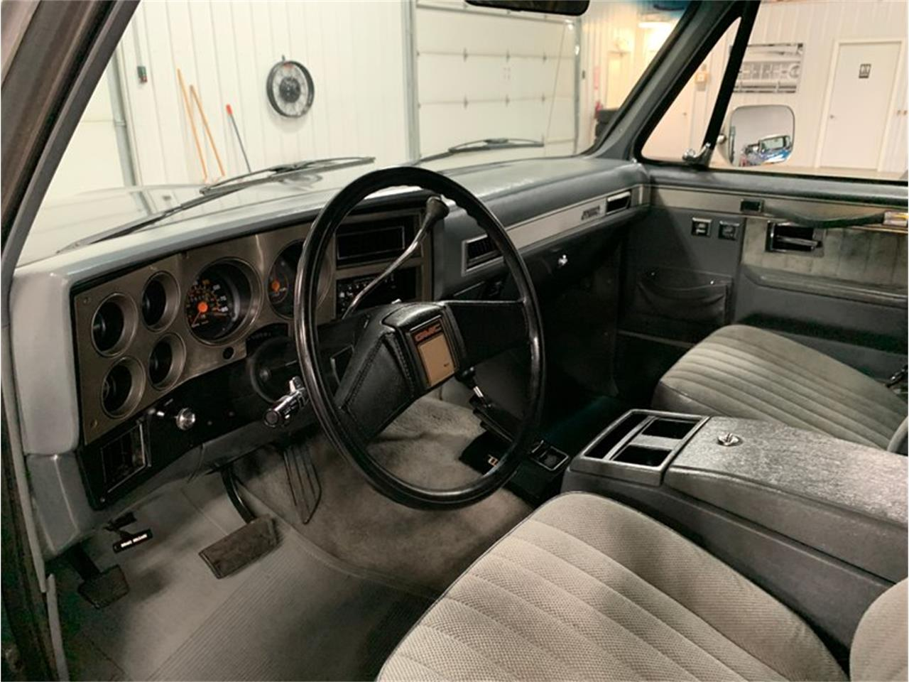 Large Picture of '88 Suburban - R1R6