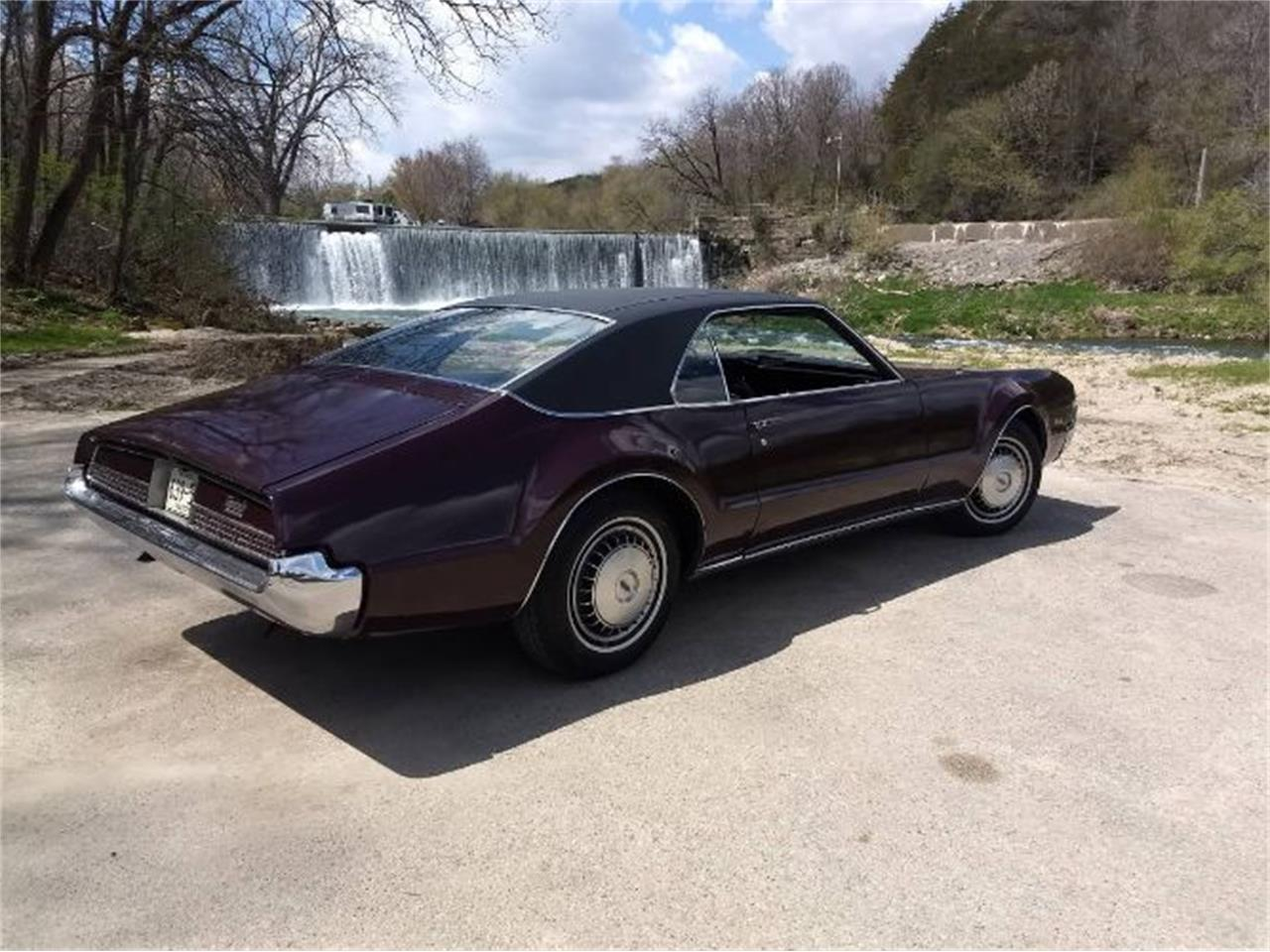 Large Picture of 1967 Oldsmobile Toronado Offered by Classic Car Deals - R0DJ