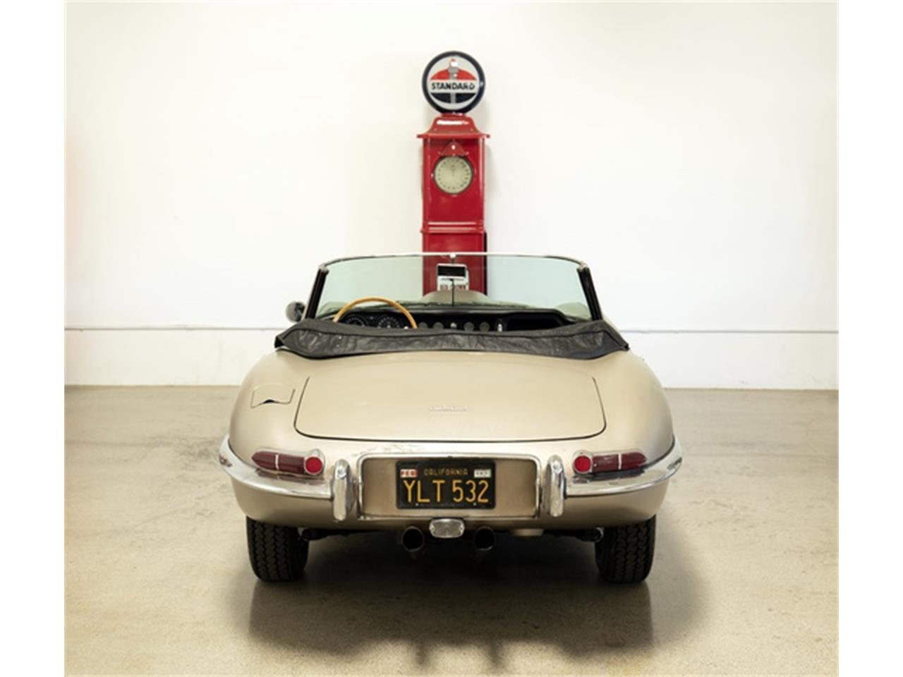 Large Picture of '64 E-Type - R1RN