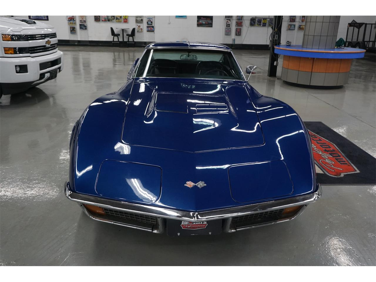 Large Picture of '72 Corvette - R1RS