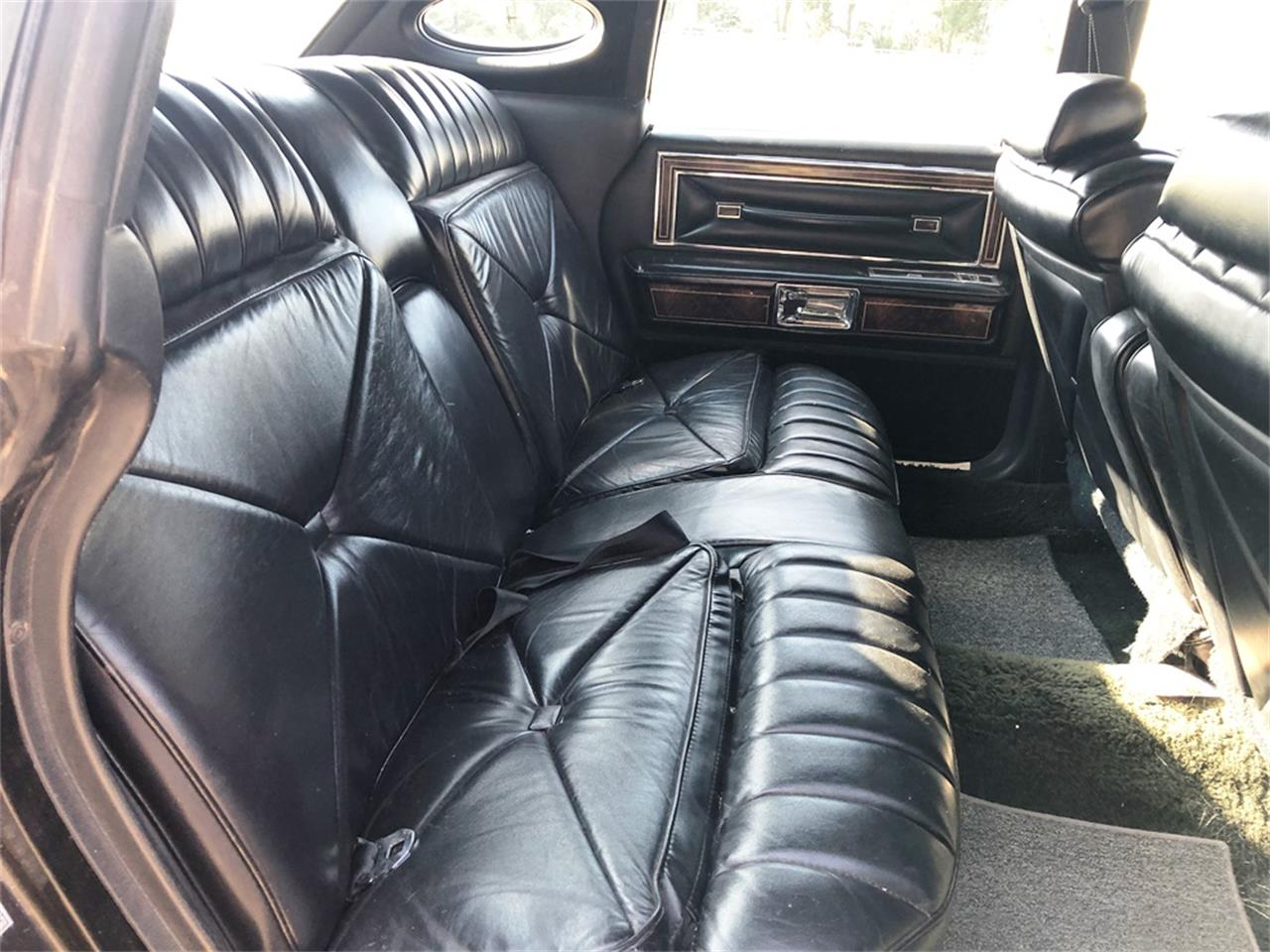 Large Picture of '78 Lincoln Town Car located in Kansas Auction Vehicle - R1TZ
