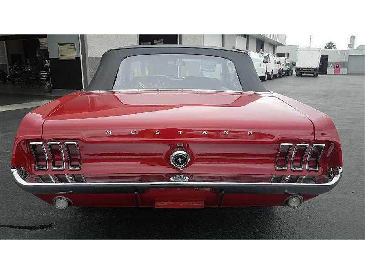 Large Picture of Classic '67 Mustang Offered by Motley's Richmond Auto Auction - R1U4