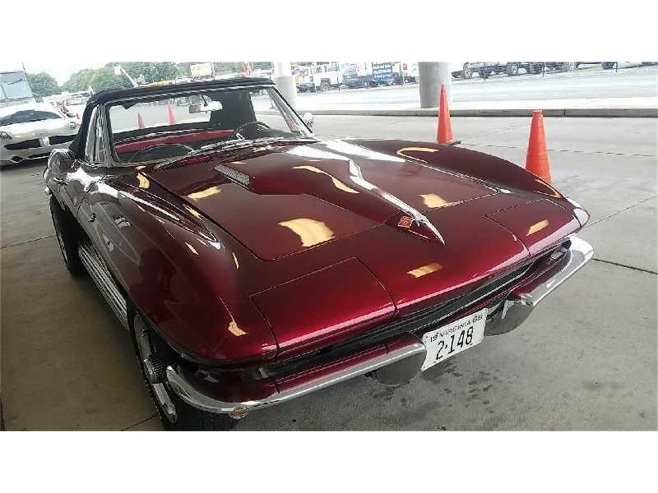Large Picture of '65 Corvette - R1UG