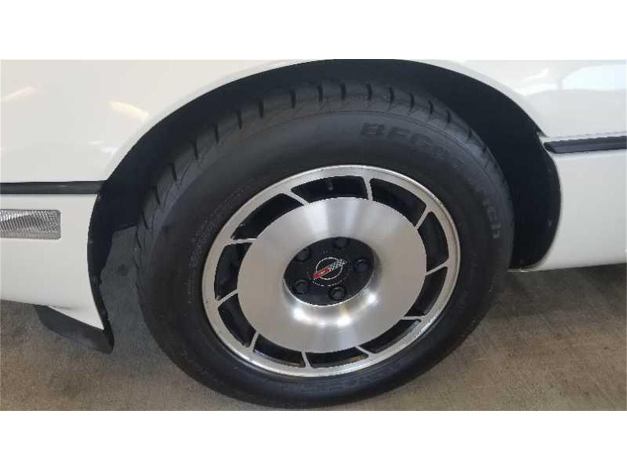 Large Picture of 1985 Chevrolet Corvette located in Richmond Virginia Auction Vehicle - R1UP