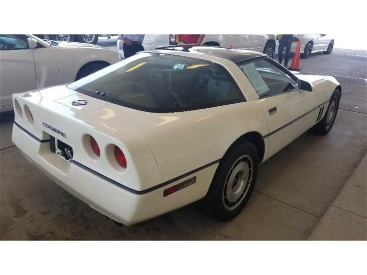 Large Picture of 1985 Chevrolet Corvette Auction Vehicle - R1UP