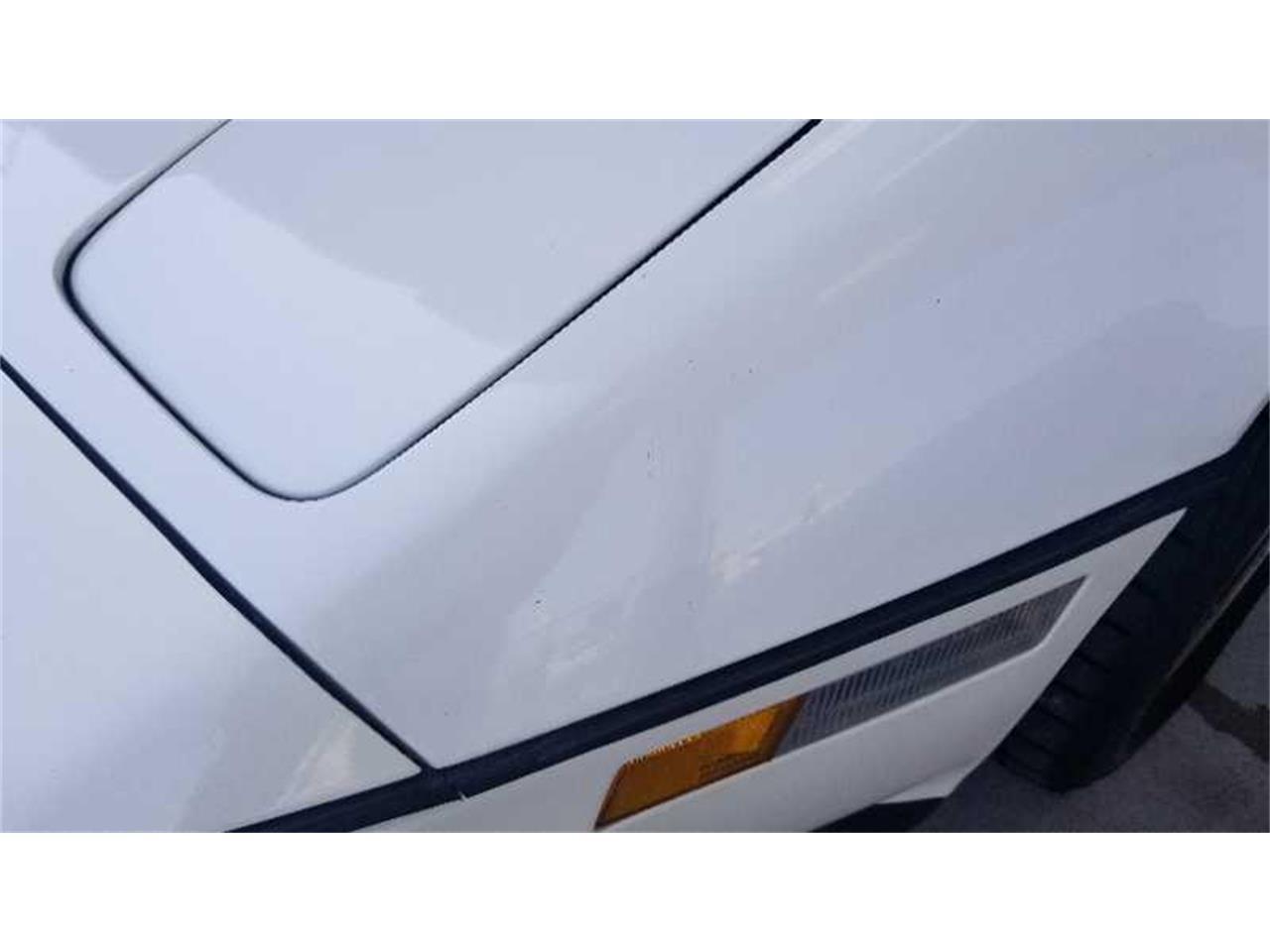 Large Picture of '85 Corvette Auction Vehicle - R1UP