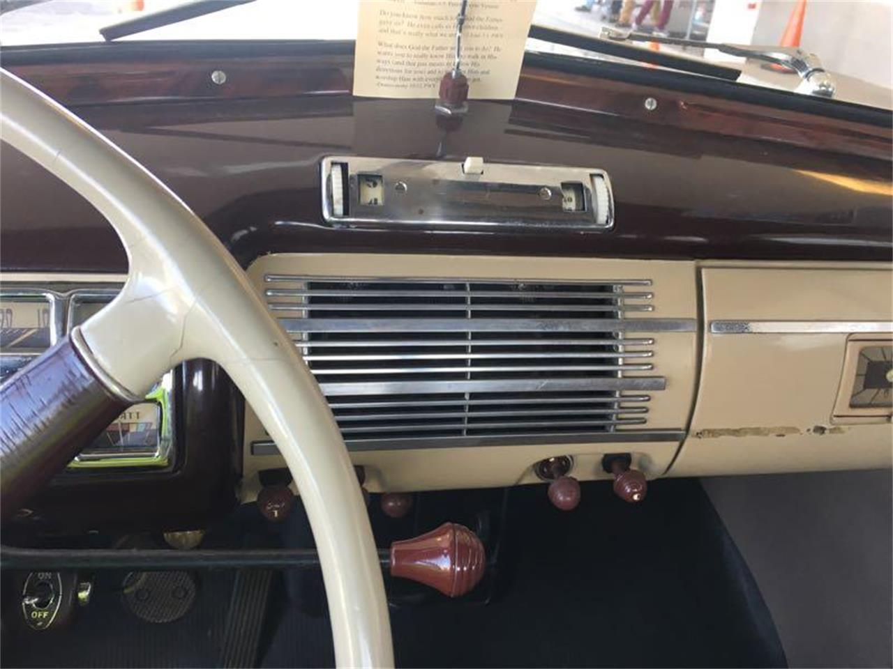 Large Picture of '40 Deluxe - R1V7