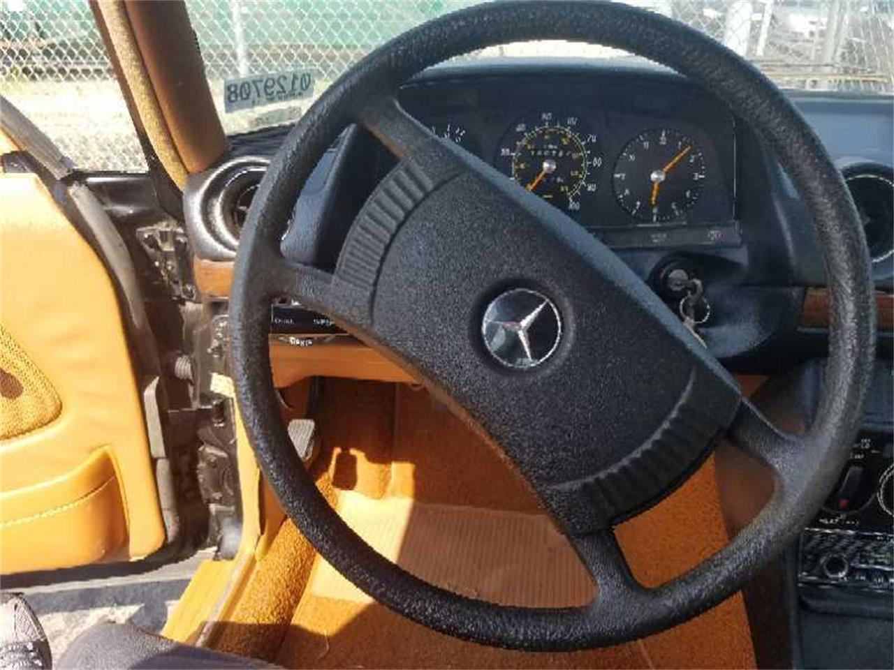 Large Picture of 1979 Mercedes-Benz 240D Offered by Motley's Richmond Auto Auction - R1VI