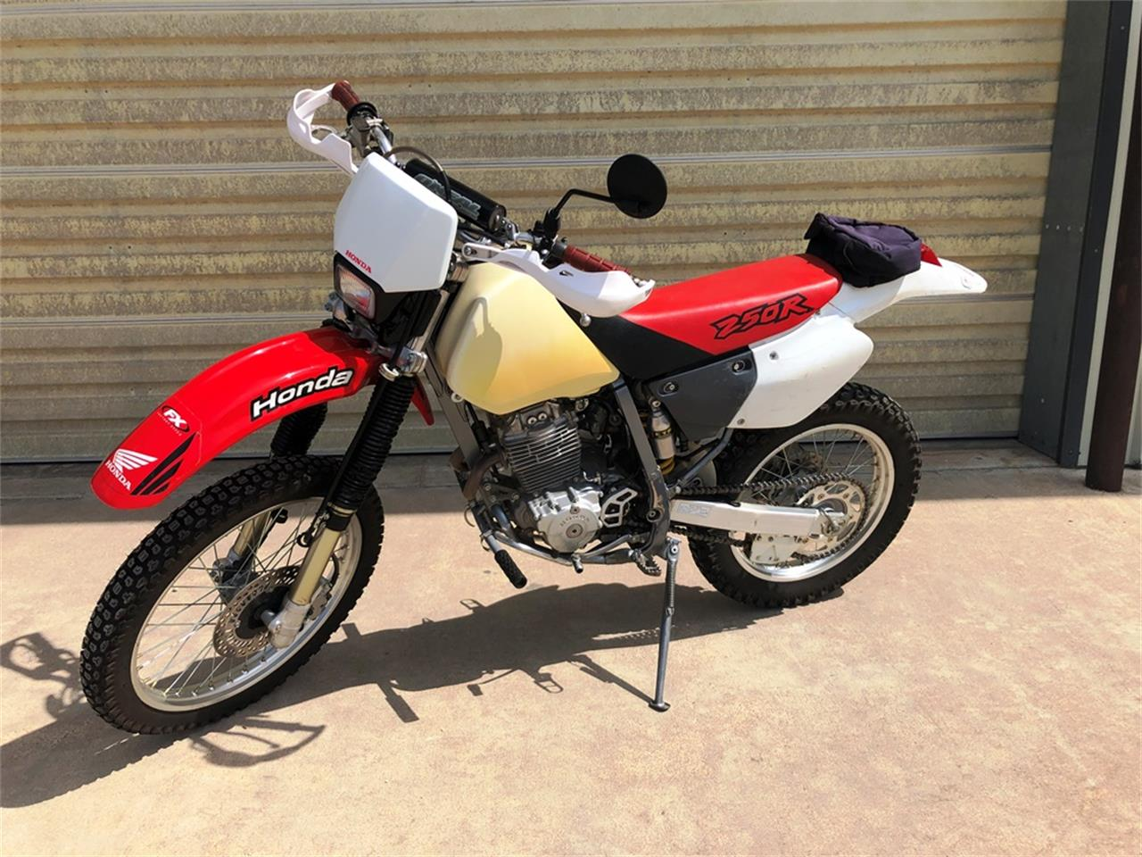 Large Picture of '99 Motorcycle - R1VP