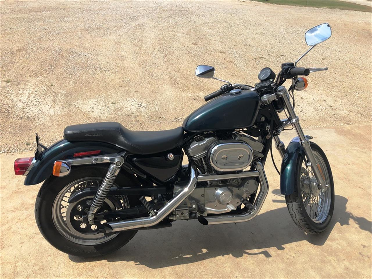 Large Picture of '01 Sportster located in Great Bend Kansas Offered by F & E Collector Auto Auctions - R1VQ