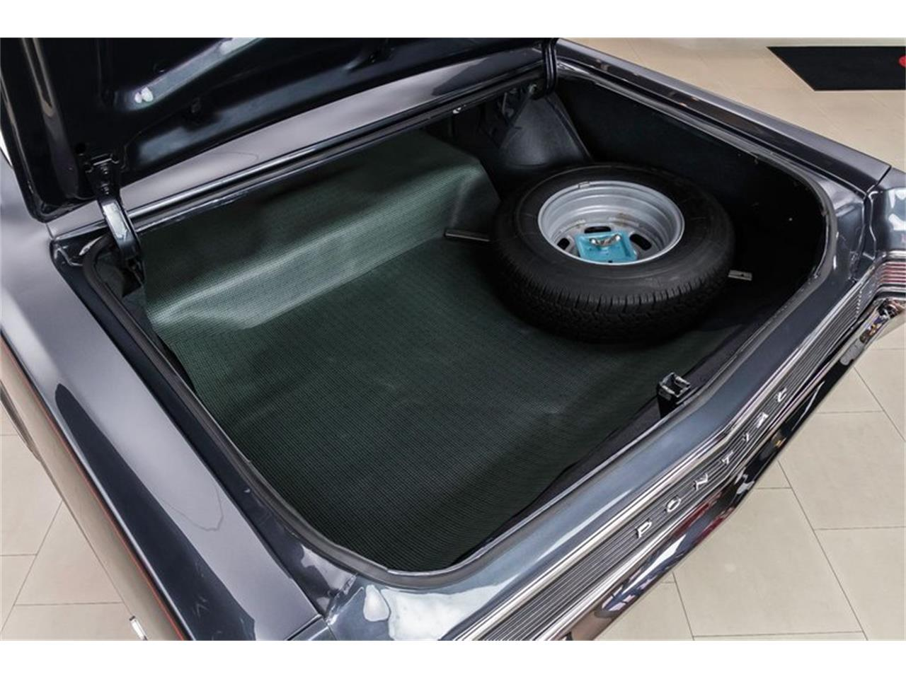 Large Picture of 1965 Pontiac GTO located in Michigan Offered by Vanguard Motor Sales - R1WY