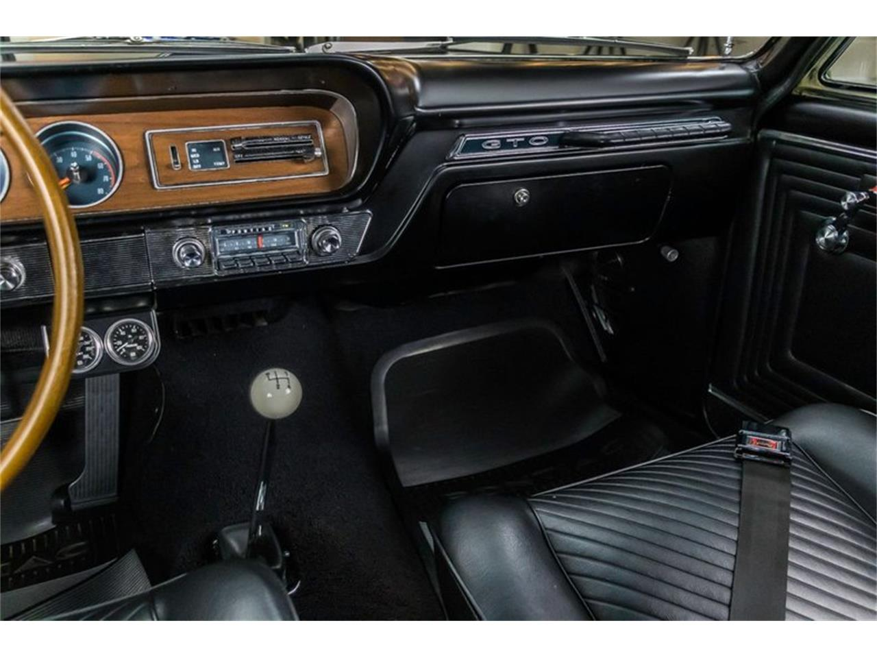 Large Picture of '65 Pontiac GTO Offered by Vanguard Motor Sales - R1WY
