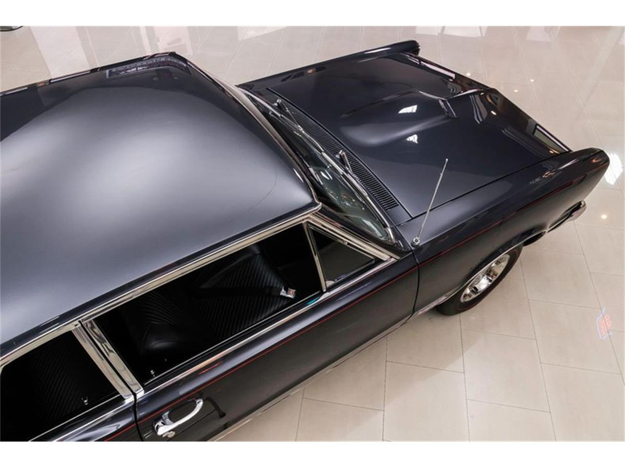 Large Picture of Classic 1965 Pontiac GTO - R1WY
