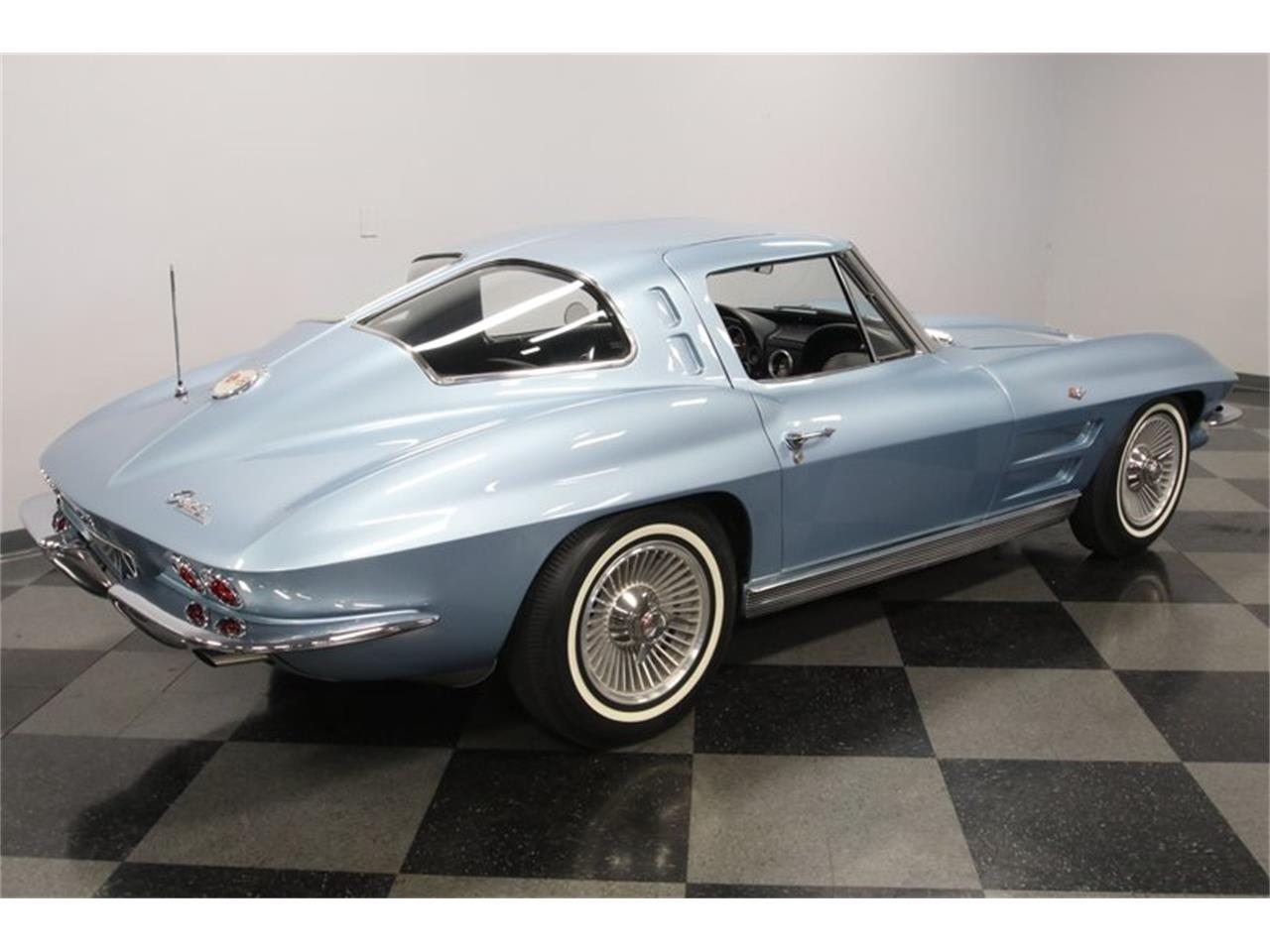 Large Picture of '63 Corvette - R1X2