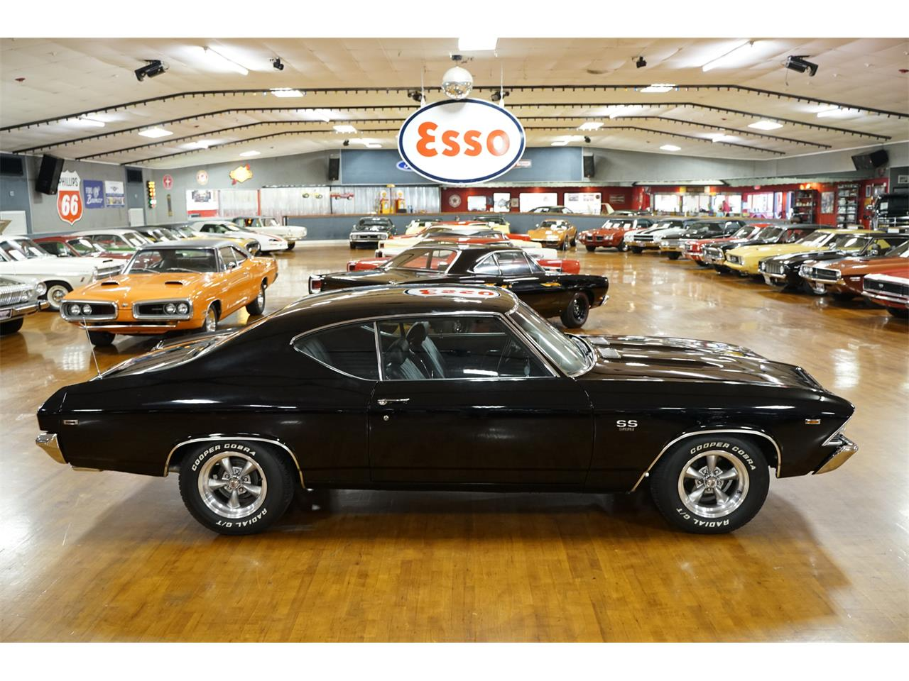 Large Picture of '69 Chevelle - R1Z1