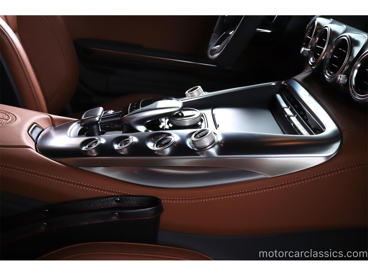 Large Picture of '16 AMG located in Farmingdale New York Offered by Motorcar Classics - R1ZW