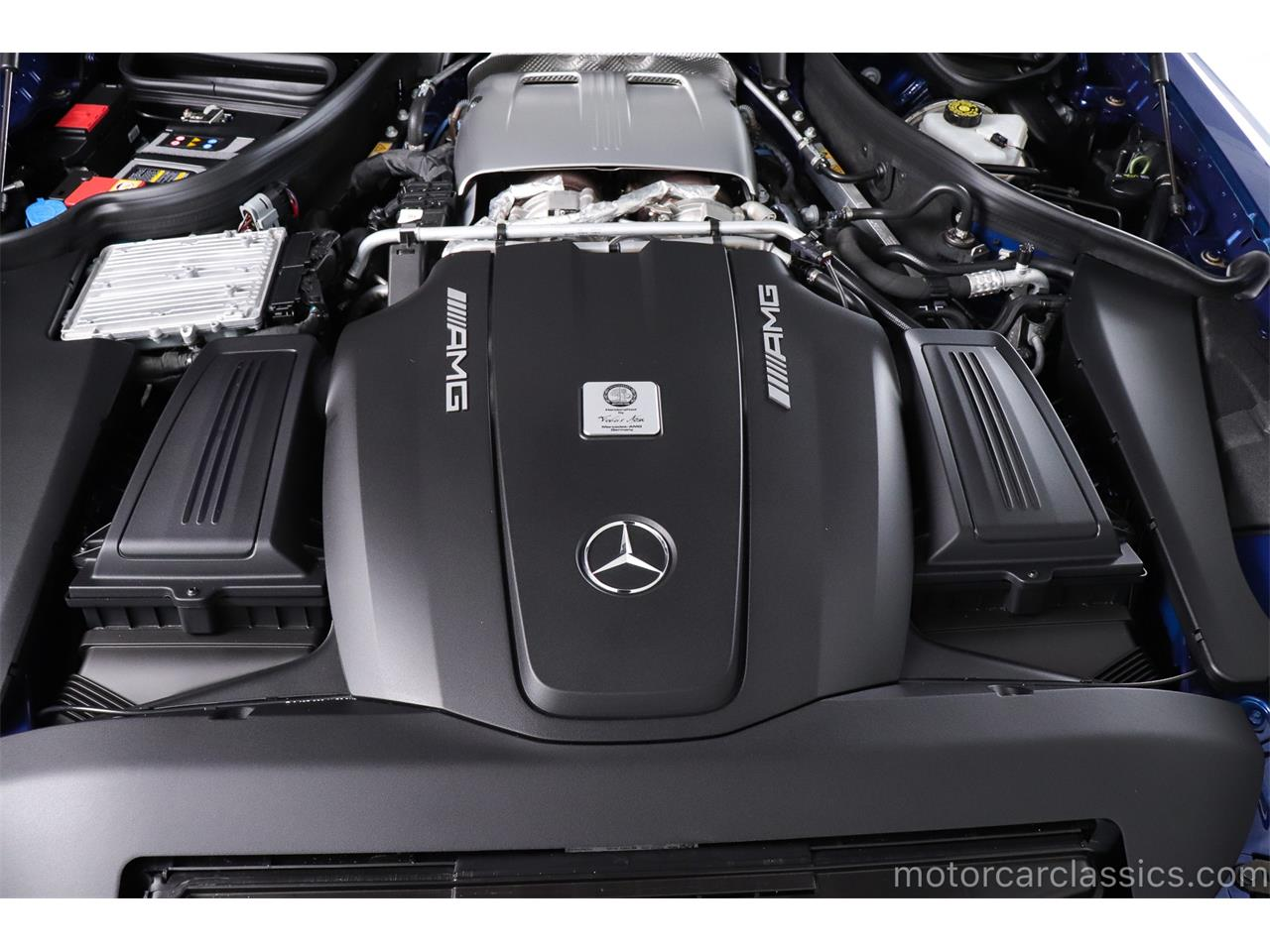 Large Picture of '16 Mercedes-Benz AMG Offered by Motorcar Classics - R1ZW