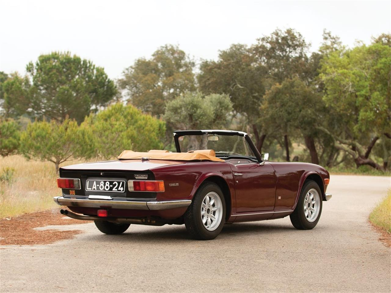 Large Picture of '69 TR6 - R1ZX