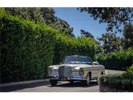 Picture of '64 220SE located in Los Angeles California Auction Vehicle Offered by Bring A Trailer - R20Z