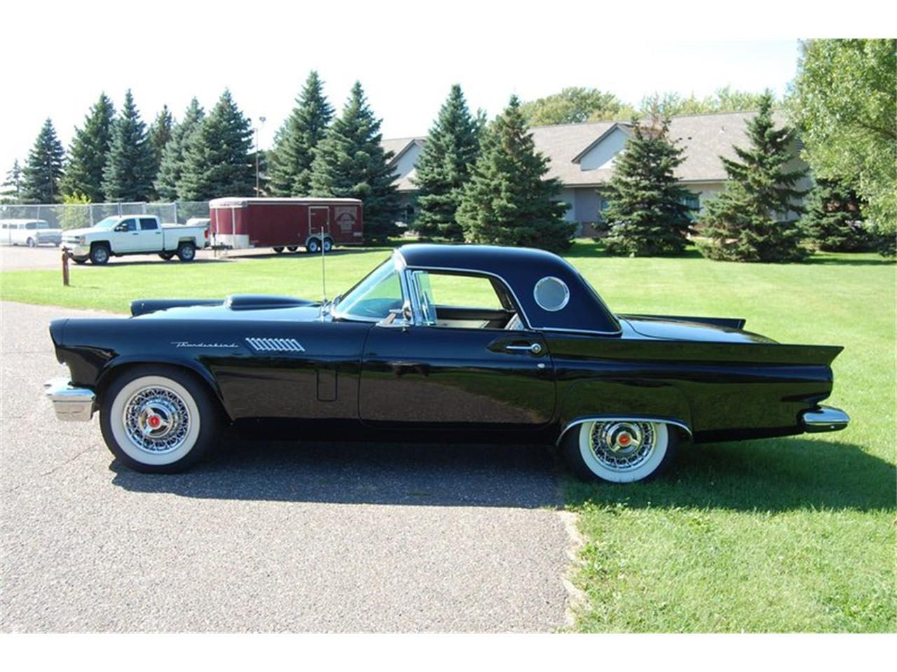 Large Picture of '57 Thunderbird - R21F