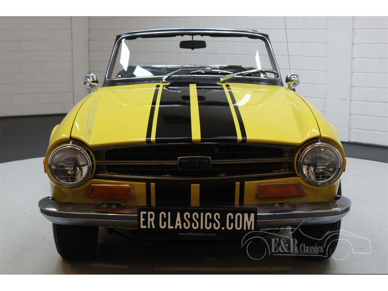 Large Picture of '75 TR6 - R26L
