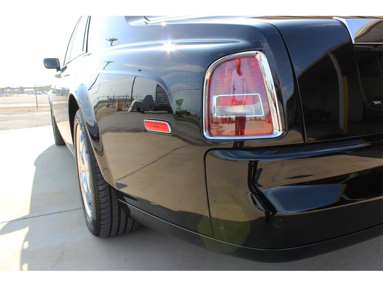 Large Picture of '07 Phantom - R26O