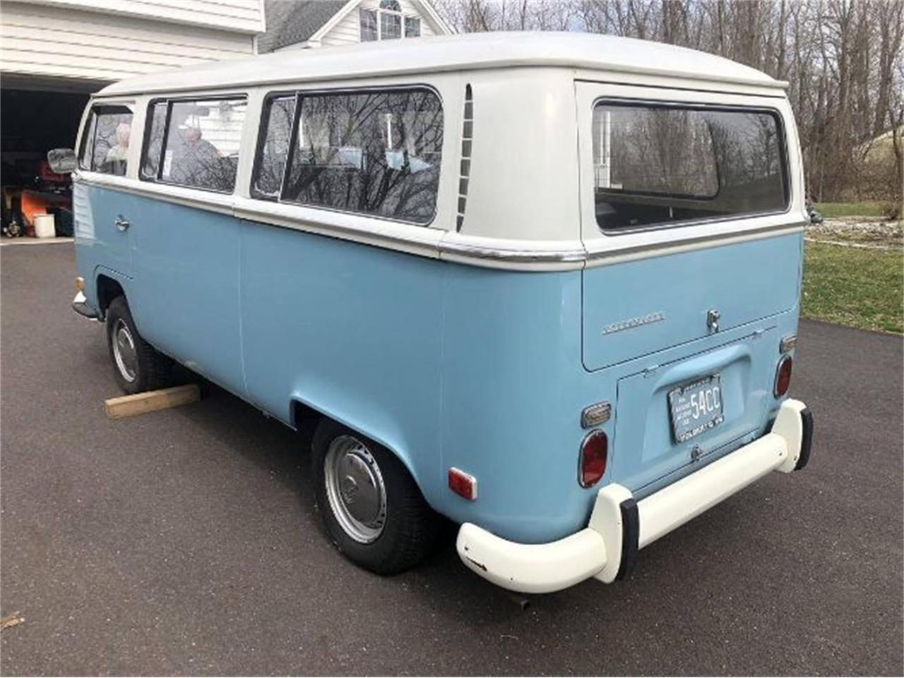 Large Picture of '71 Bus located in Michigan - $30,995.00 Offered by Classic Car Deals - R0F3