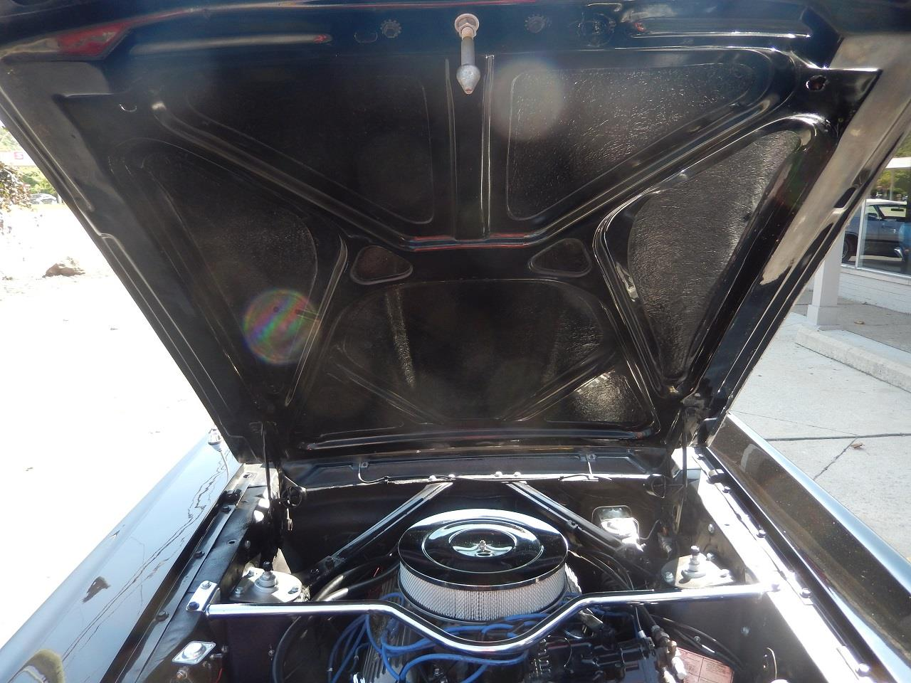Large Picture of '65 Mustang - R28U