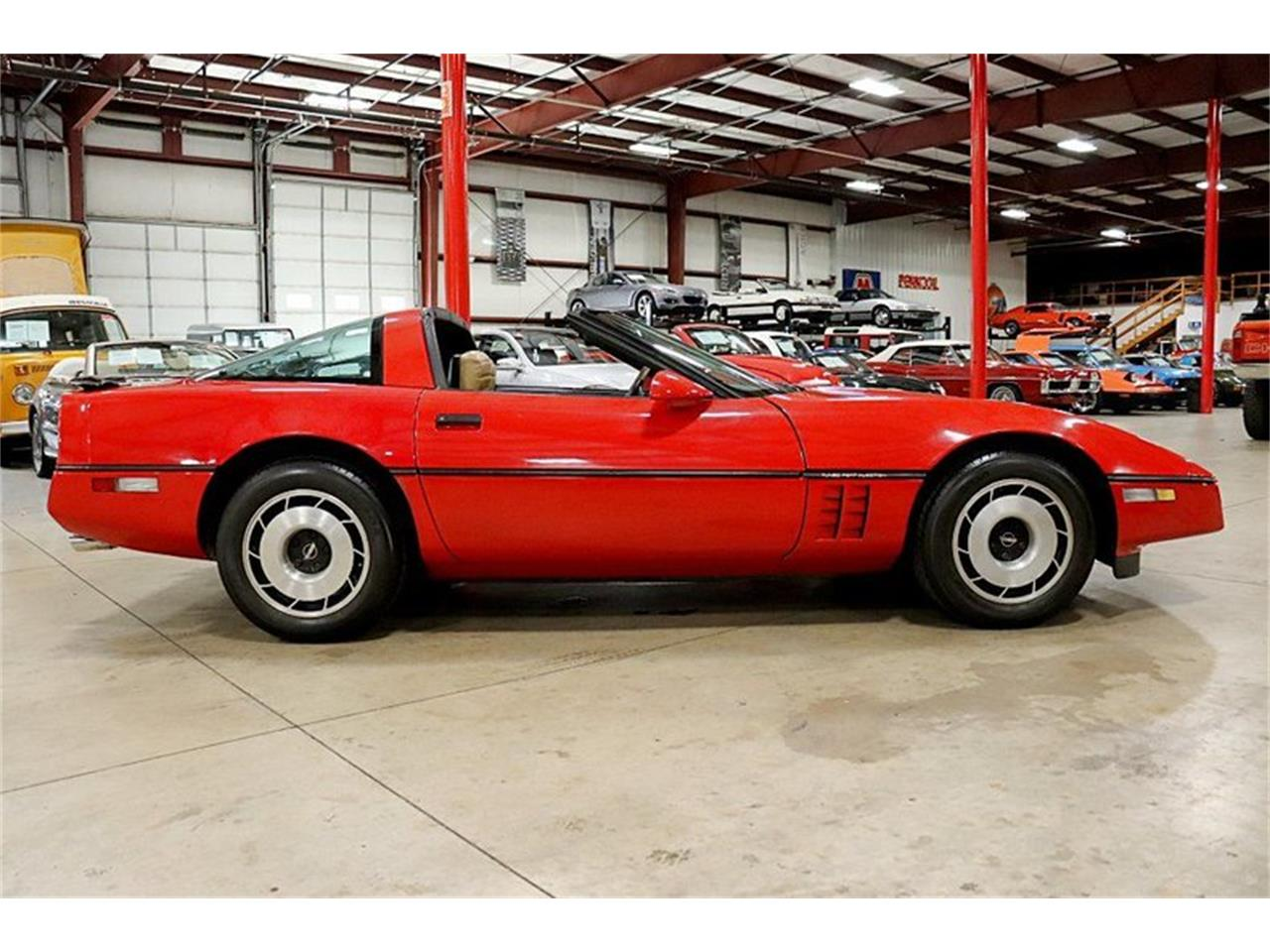 Large Picture of '85 Chevrolet Corvette located in Michigan Offered by GR Auto Gallery - R2AD