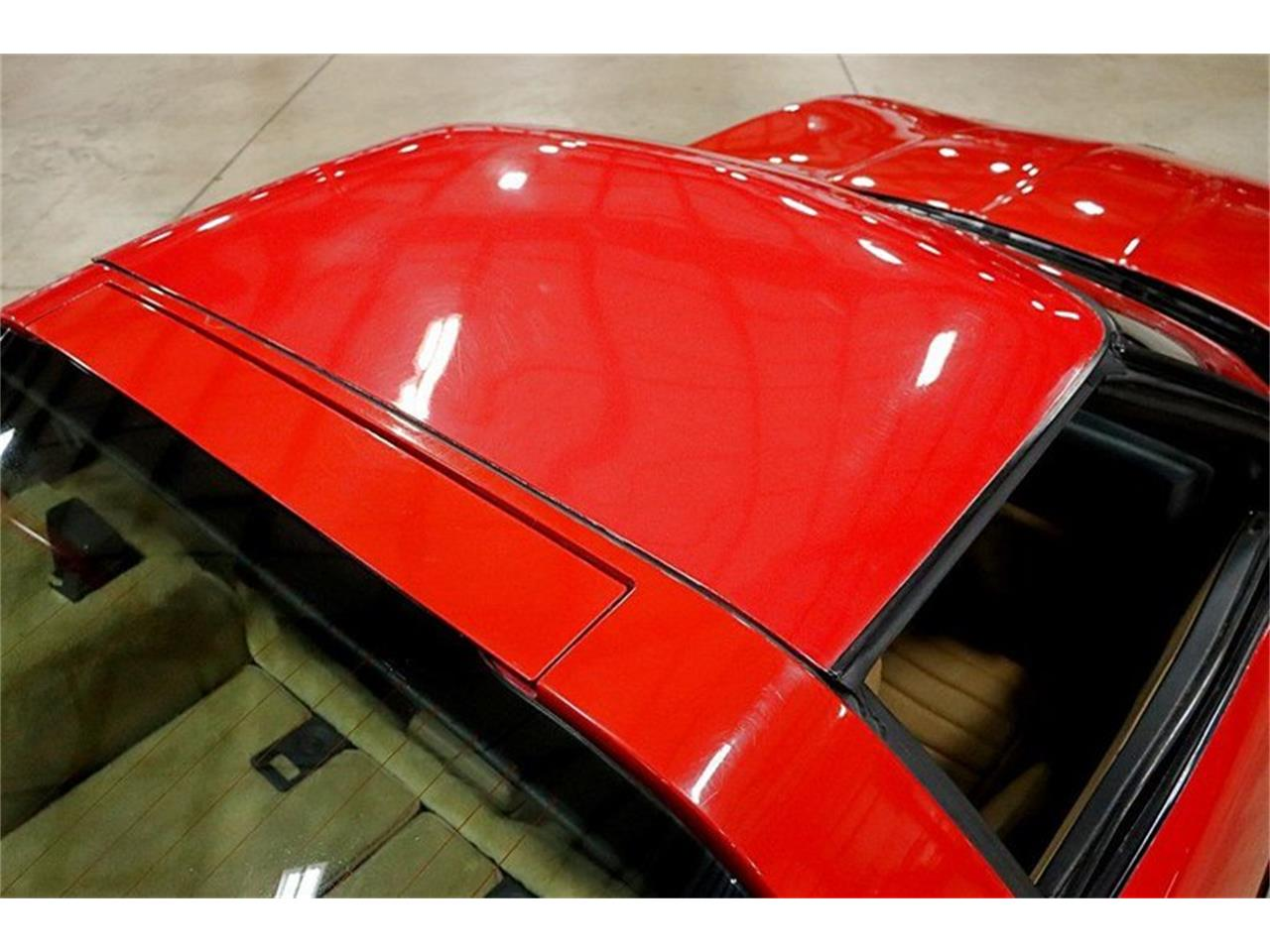 Large Picture of 1985 Corvette located in Kentwood Michigan Offered by GR Auto Gallery - R2AD
