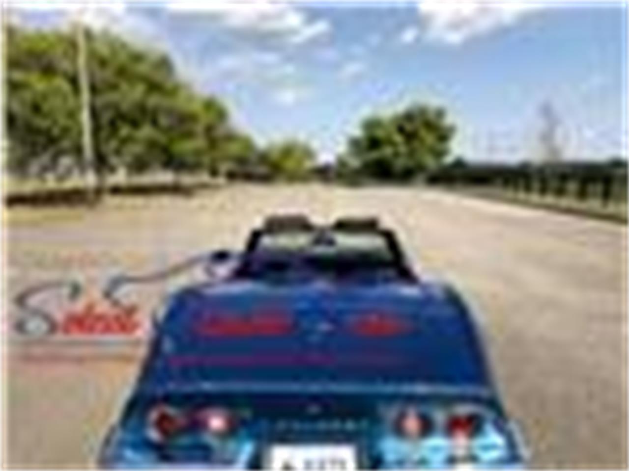 Large Picture of '69 Corvette - R2DM