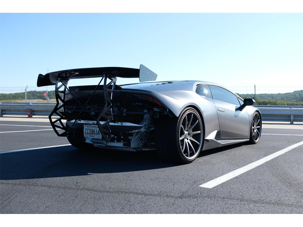 Large Picture of '15 Huracan - R2F1