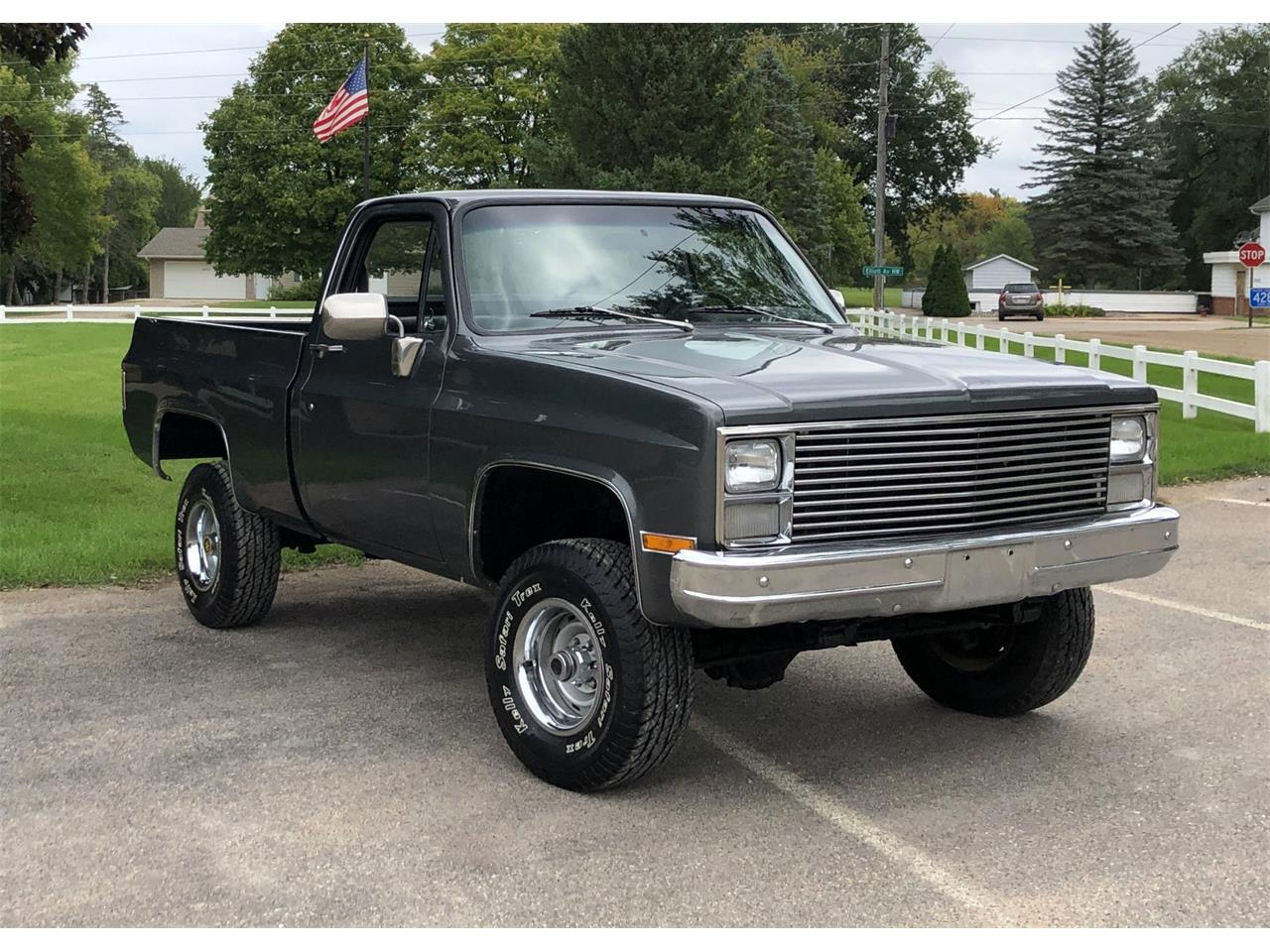 Large Picture of '83 Chevrolet K-10 located in Maple Lake Minnesota - $17,950.00 - R2IJ