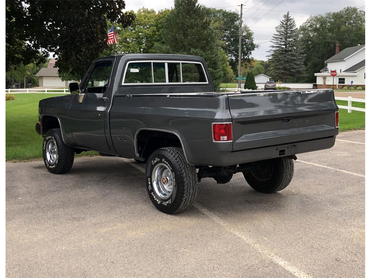 Large Picture of 1983 Chevrolet K-10 located in Minnesota - R2IJ