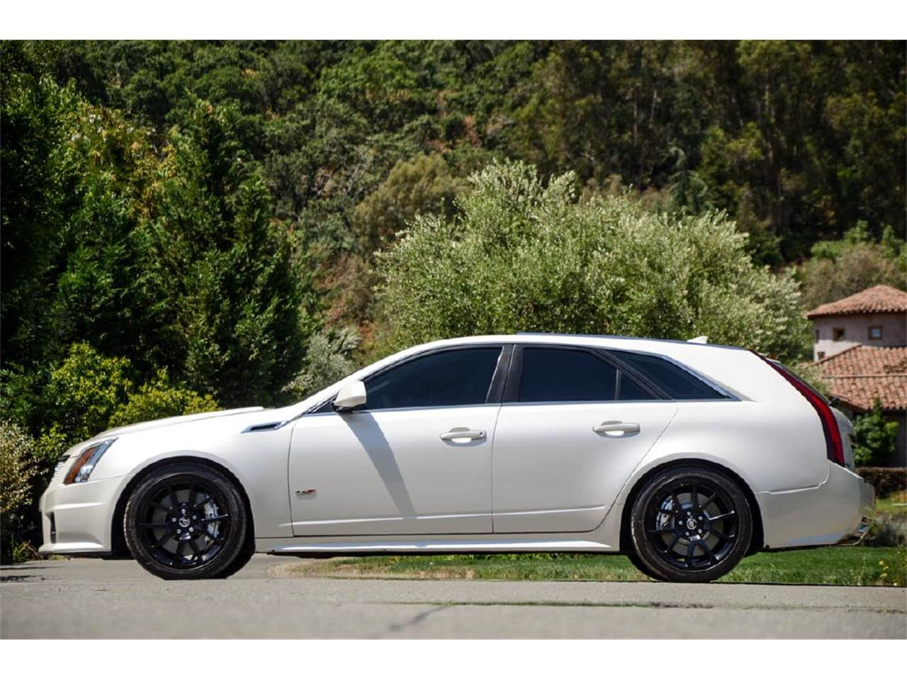Large Picture of '11 CTS - R2IS