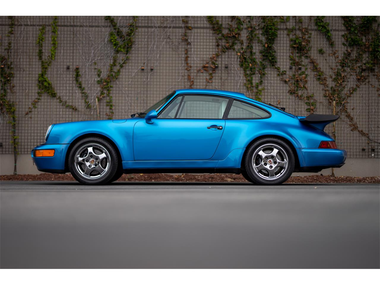 Large Picture of '92 Porsche 911 Turbo located in Monterey California Auction Vehicle Offered by Bring A Trailer - R2P1