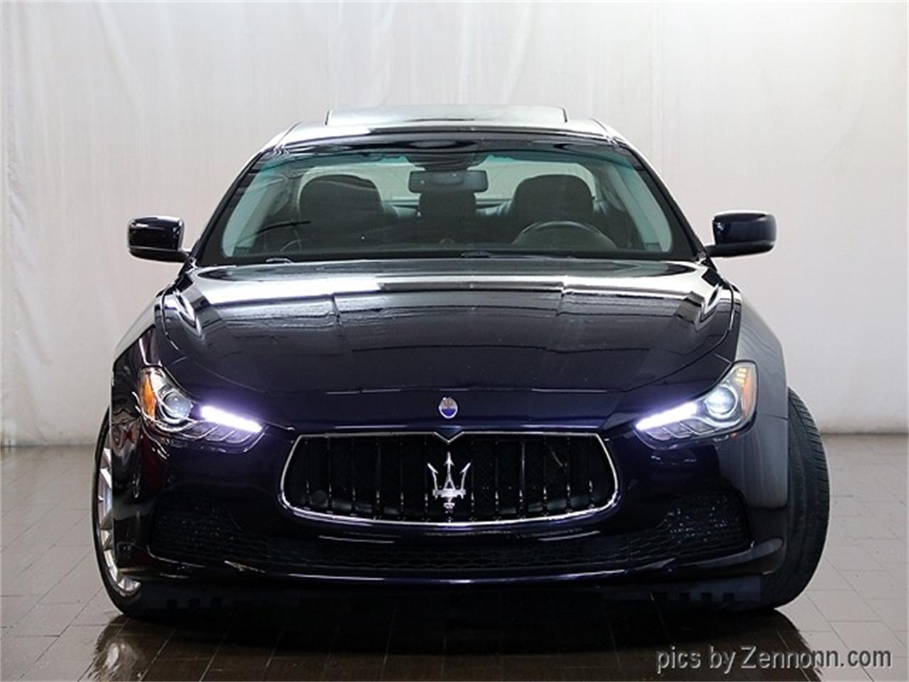 Large Picture of '16 Ghibli - $29,990.00 Offered by Auto Gallery Chicago - R2Q3